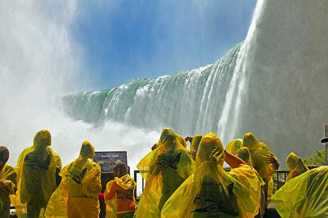 NiagaraF_Behind