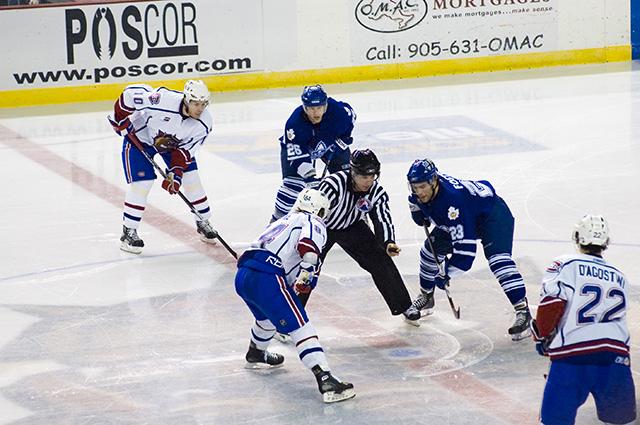 RaisonsVisiteCanada_Hockey